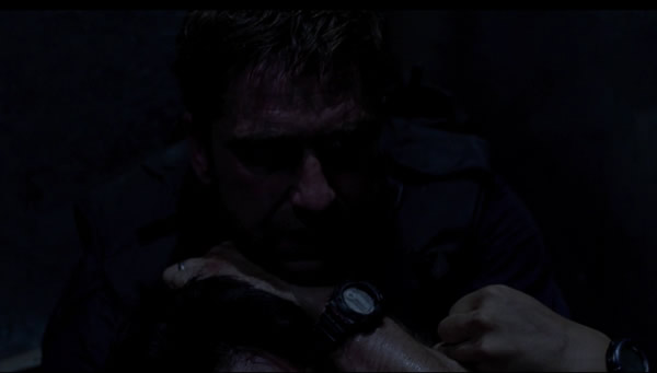 Gerard-Butler-Watch-In-Olympus-Has-Fallen-2