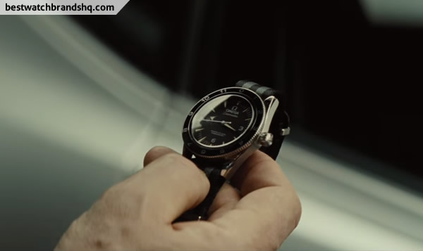 James-Bond-OMEGA-Seamaster-300-SPECTRE-Limited-Edition-2