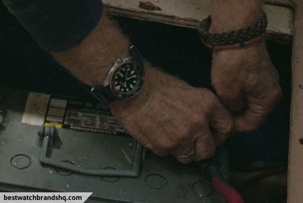 Robert Redford Watch In All Is Lost Movie - 7