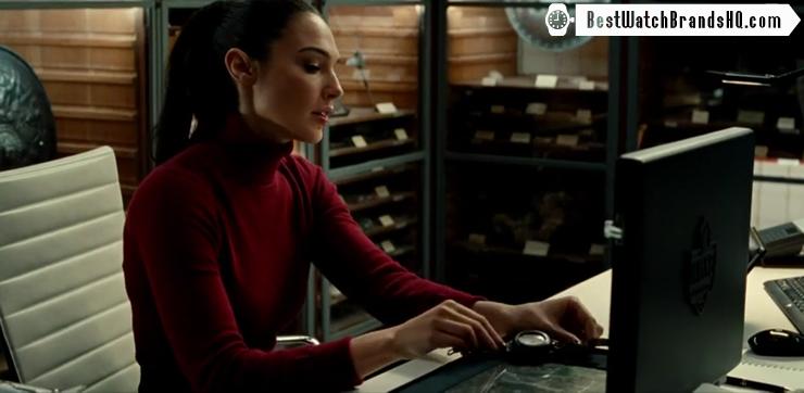 Gal Gadot Holding Pocket Watch In Wonder Woman 2