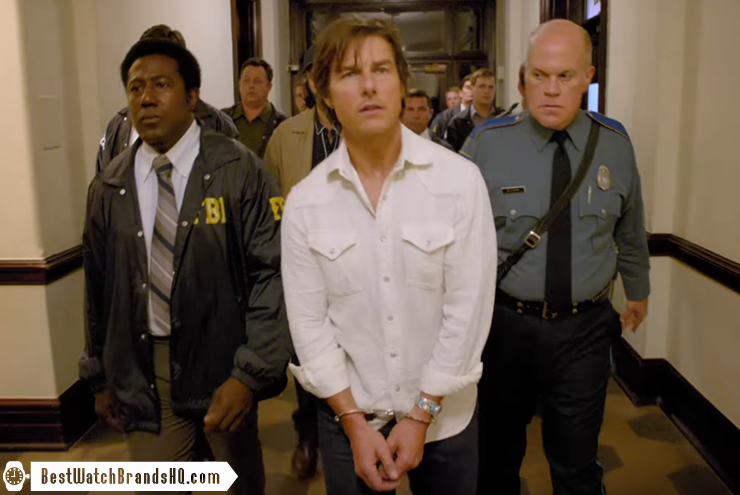 Tom Cruise Wrist Watch In American Made Movie 7