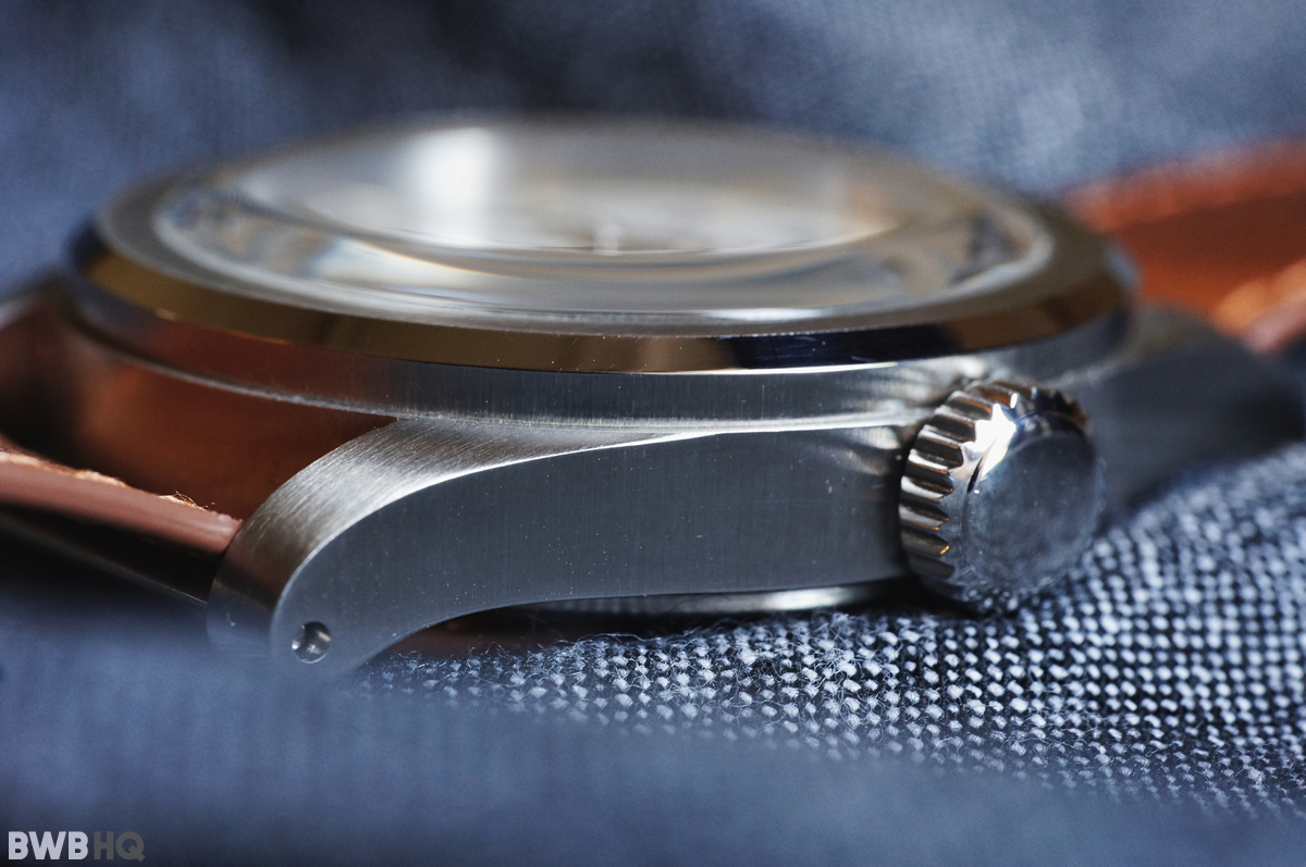 Serica Watch Side Profile Drilled Lugs