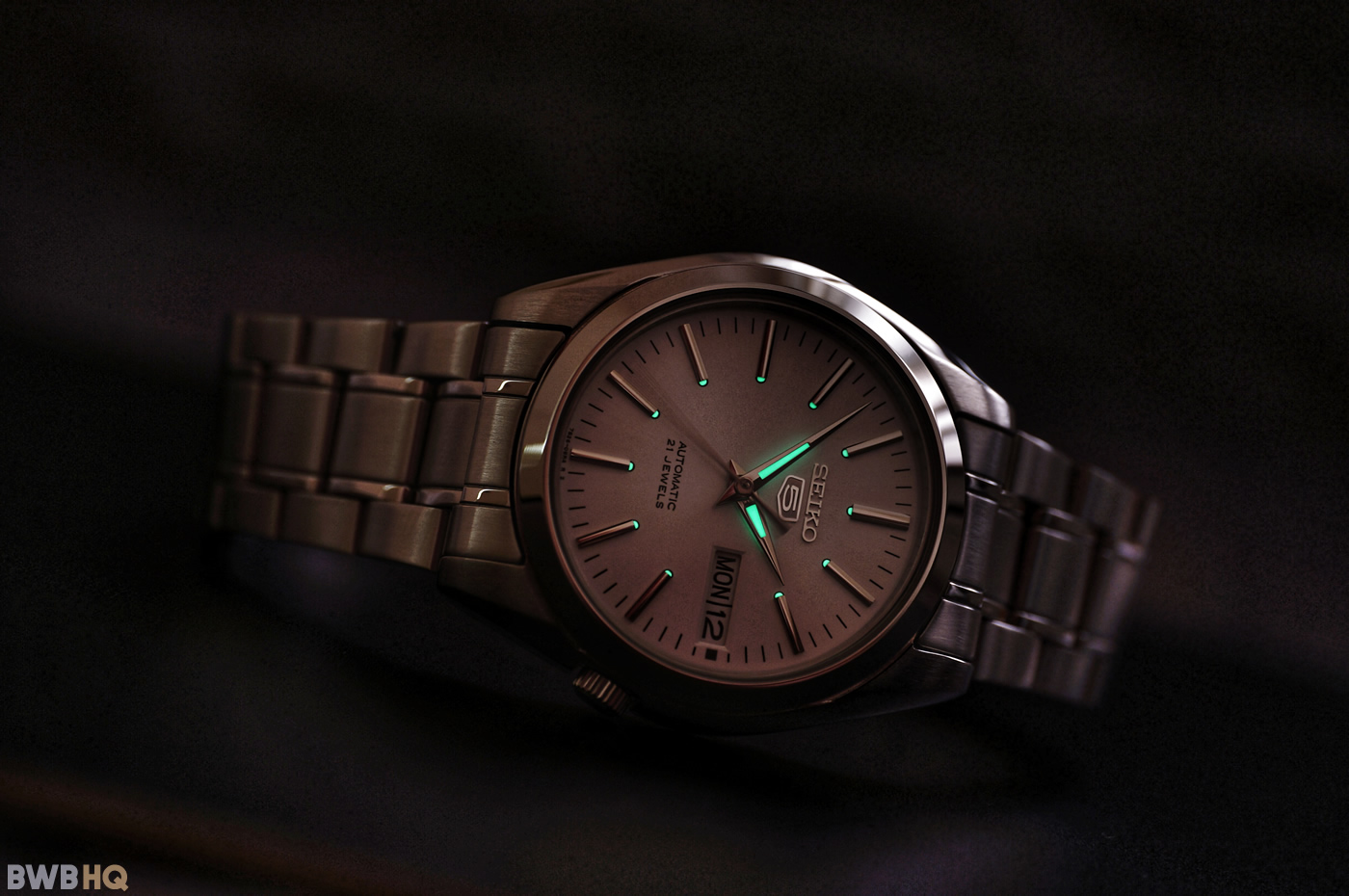Review Seiko SNKL41 Lume Shot